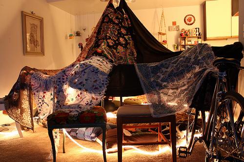 Дом из одеял как сделать